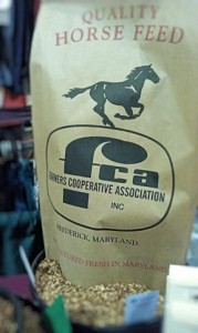 Farmers Coop Offers Traditional and Organic Horse Feed in Maryland